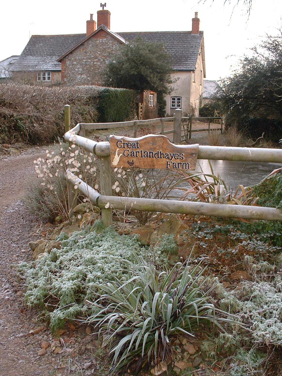 farm in frost.JPG