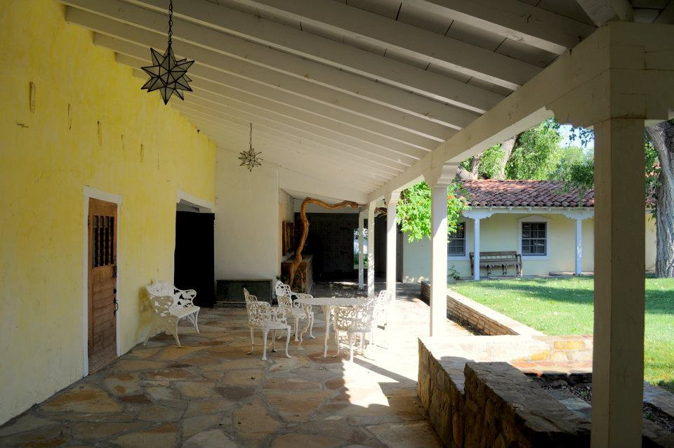 Courtyard front patio