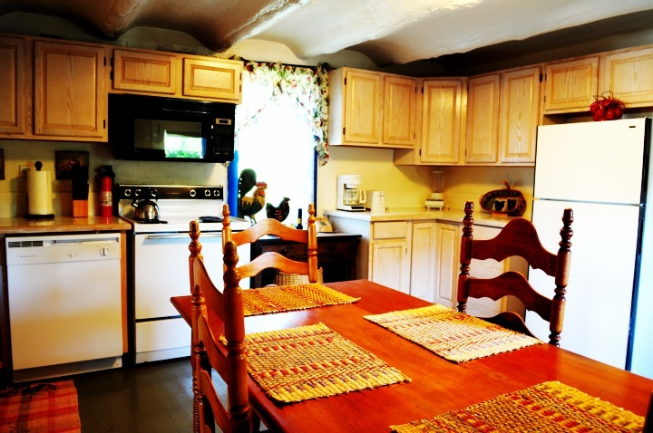 The Apple House has a very open and spaceful kitchen and dining area.