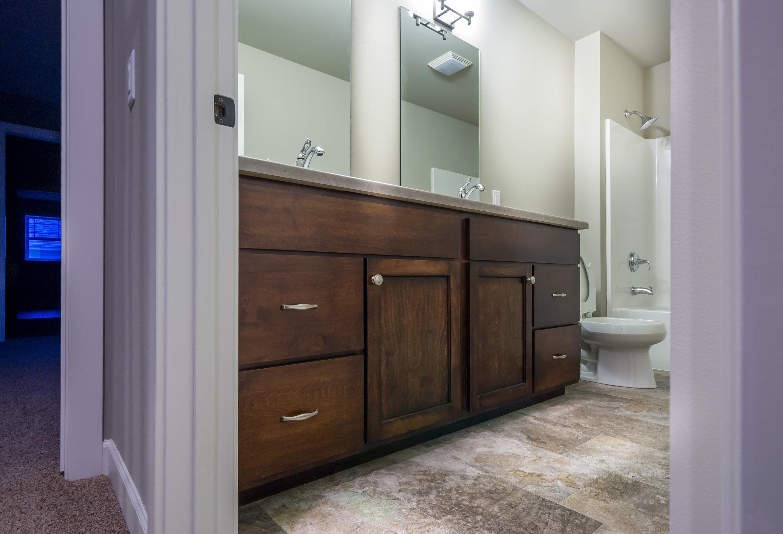 Chancellor Bathroom Edit (1 of 1).jpg