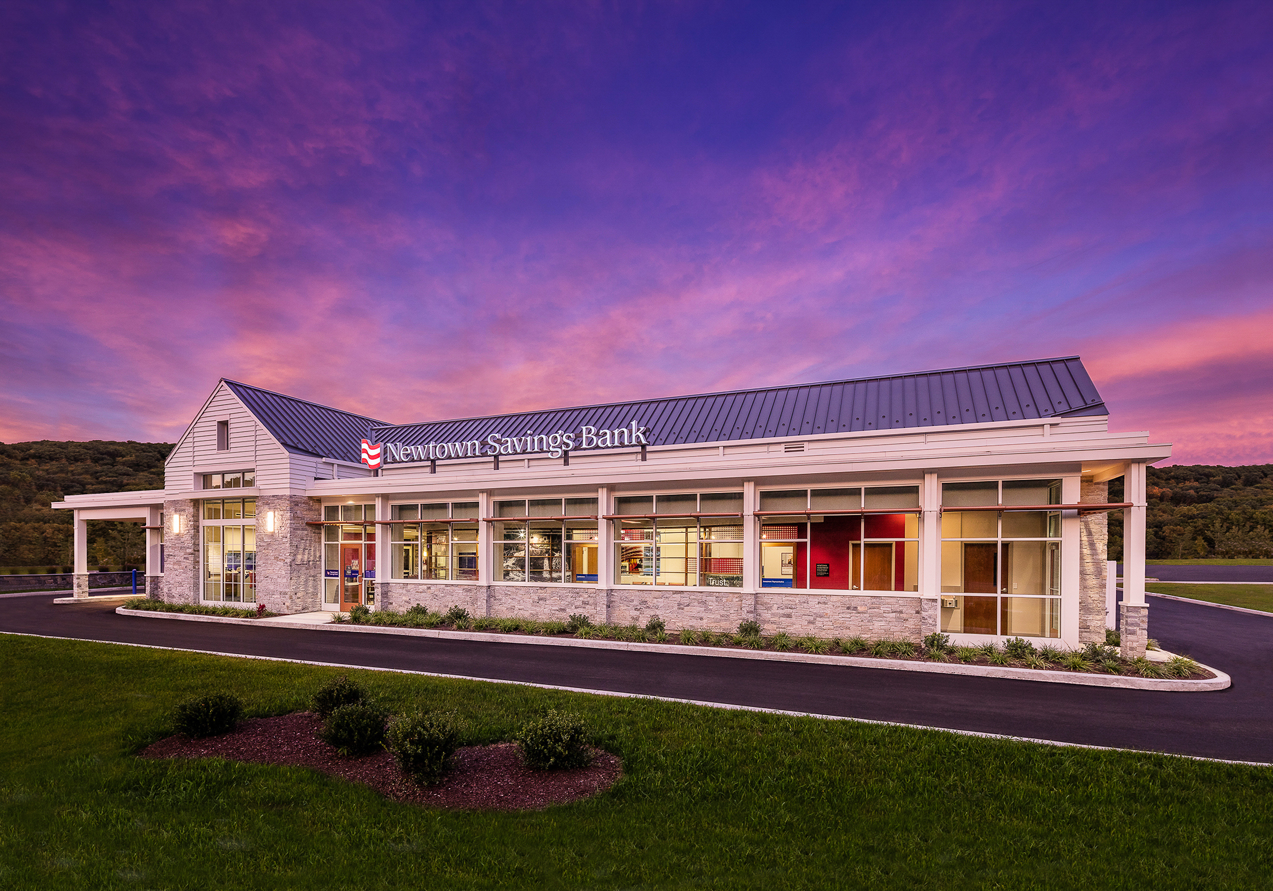 Newtown Savings Bank at Quarry Walk, Oxford, CT. Architectural design by Studio Q Architecture.