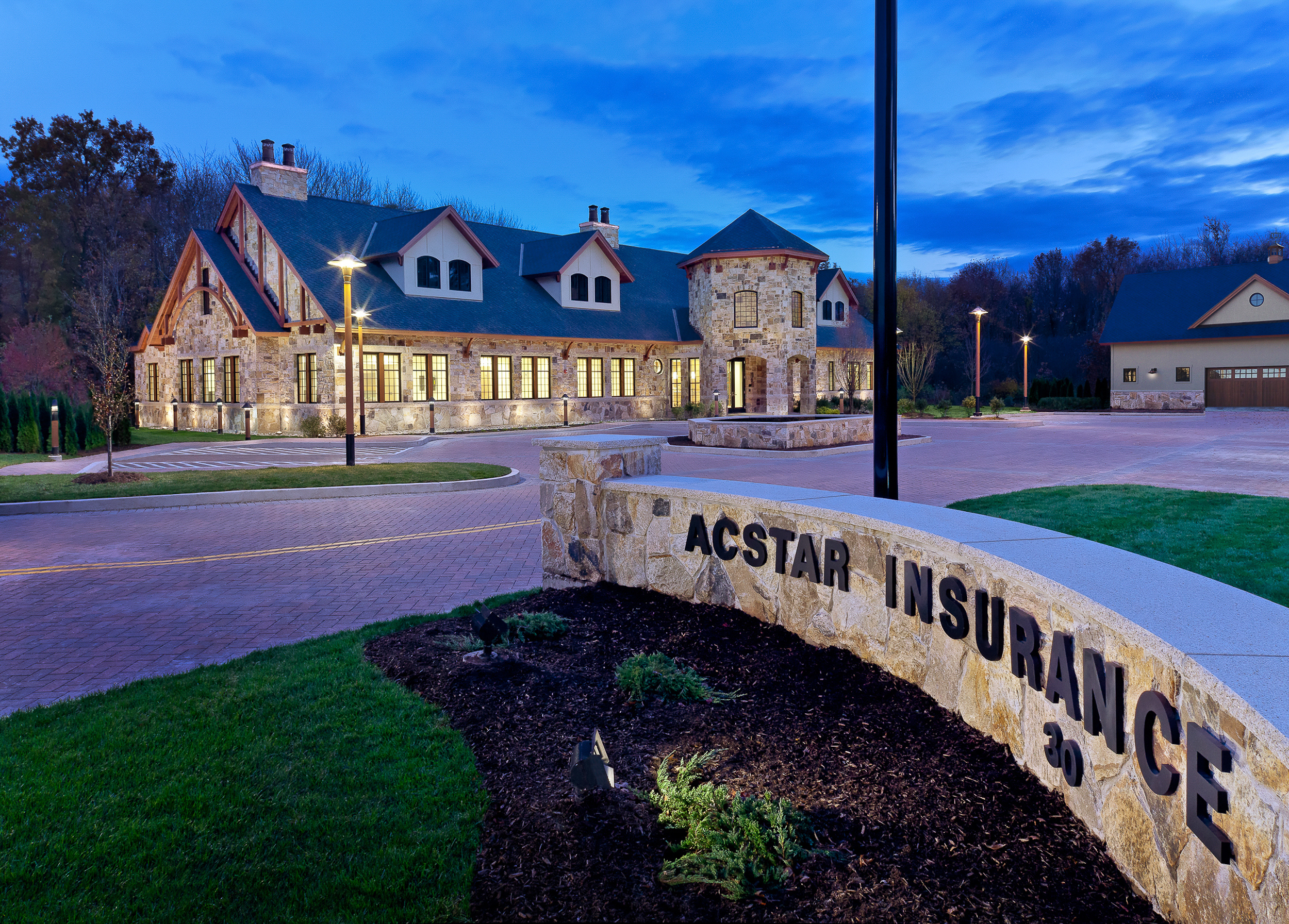 Acstar Insurance HQ, Farmington, CT. Architectural design by Quisenberry Arcari Malik Architects.