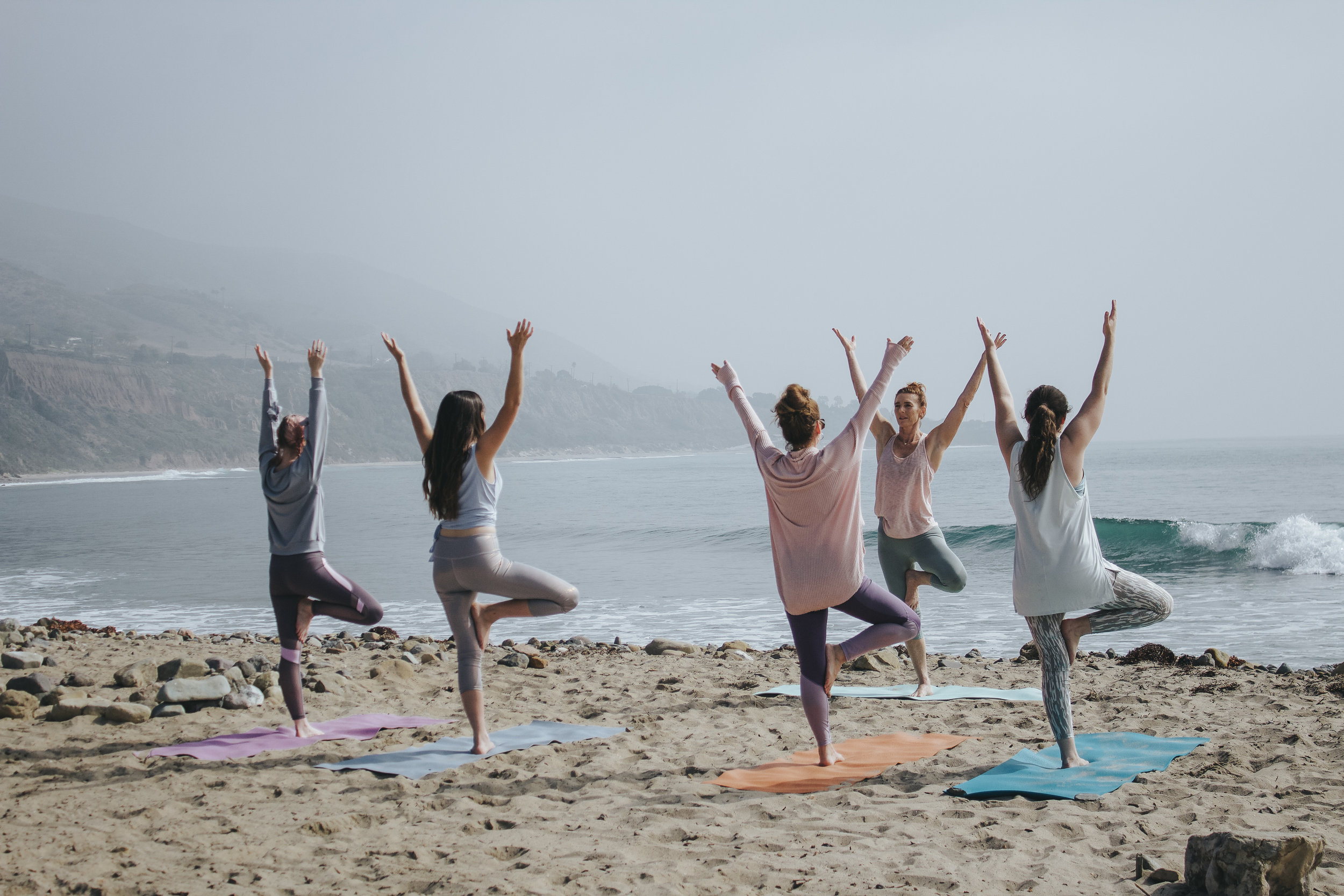 wedding-party-yoga-nantucket