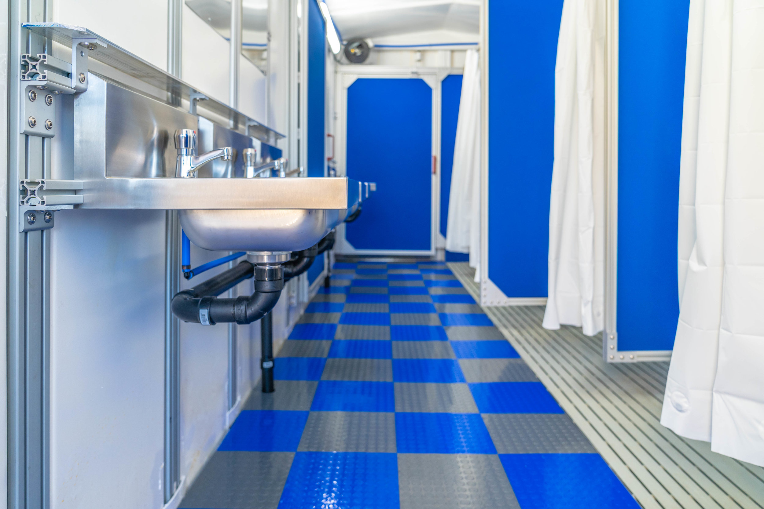 Hygienic Environments - Medical-grade and antibacterial materials are used to provide easily cleanable surfaces and a safe and secure interior environment.