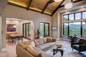 Renaissance interior 2.jpg