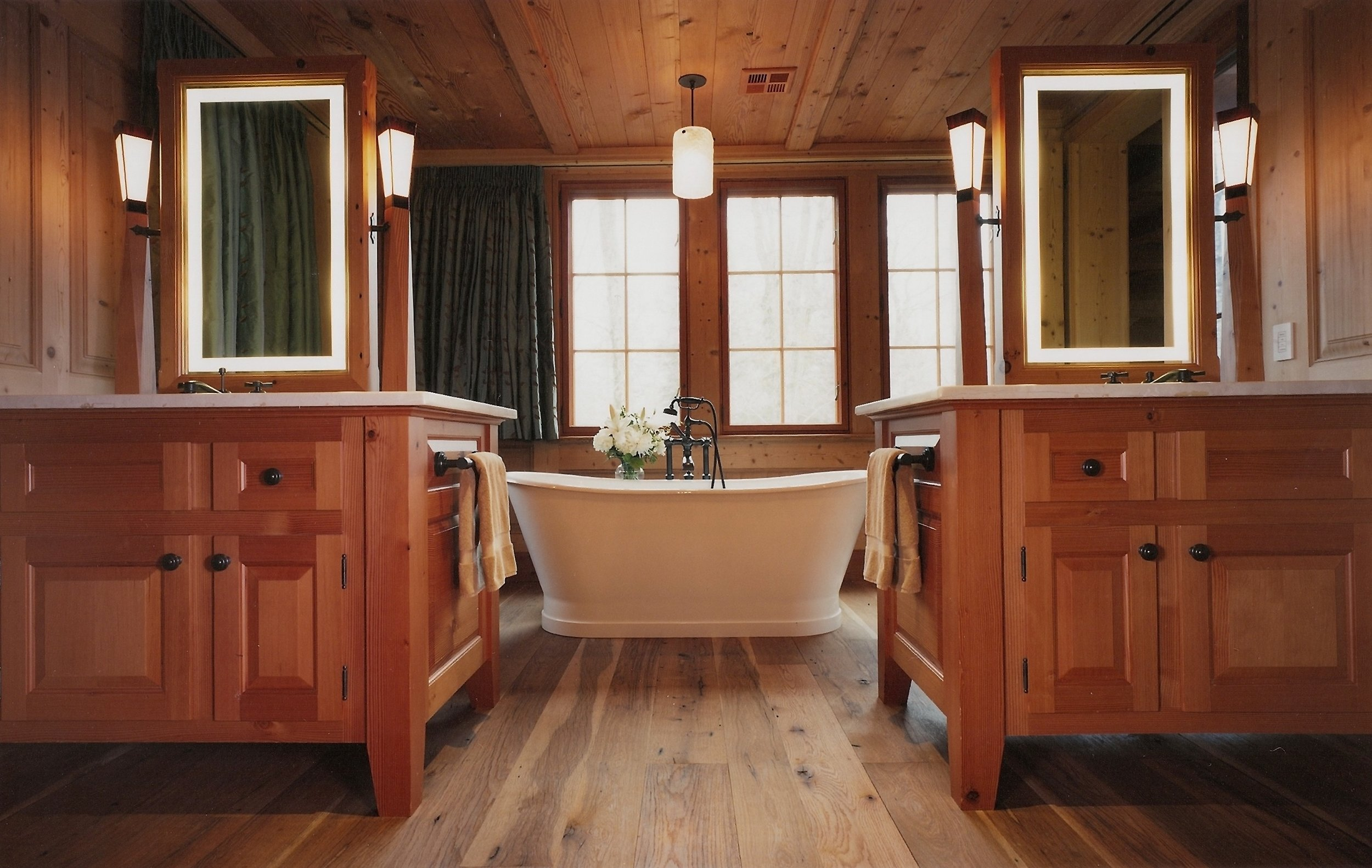 Mountain House- Bathroom.jpg