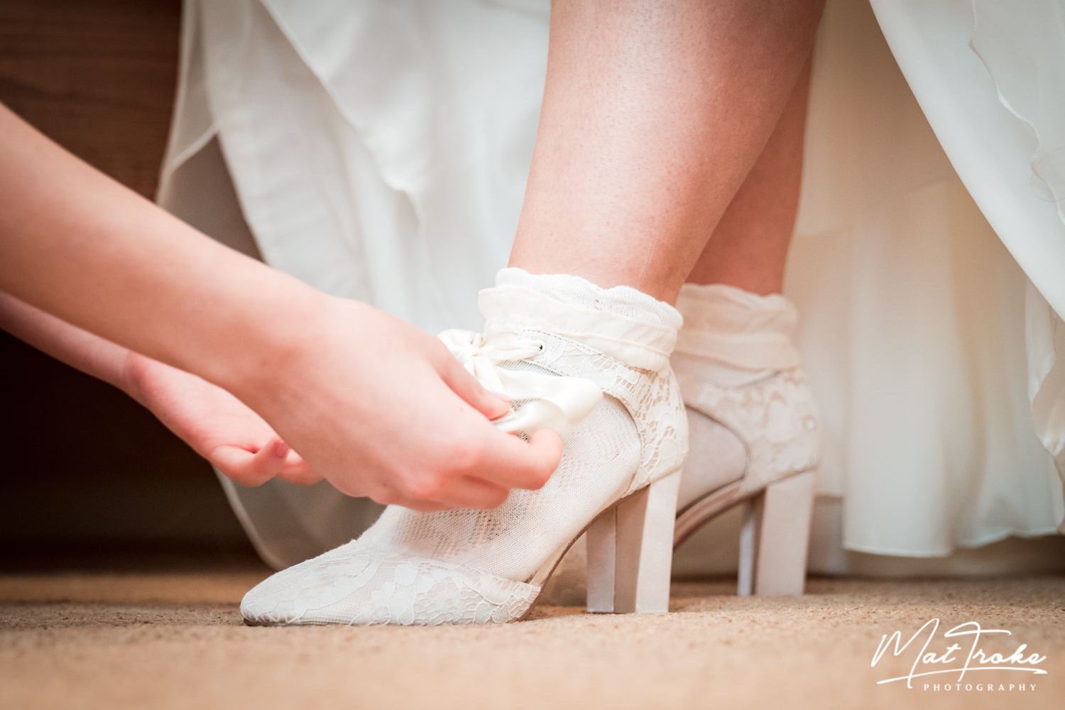 white-heart-inn-moorwood-alfreton-wedding-photographer-photography-sunset-venue-shoes-socks