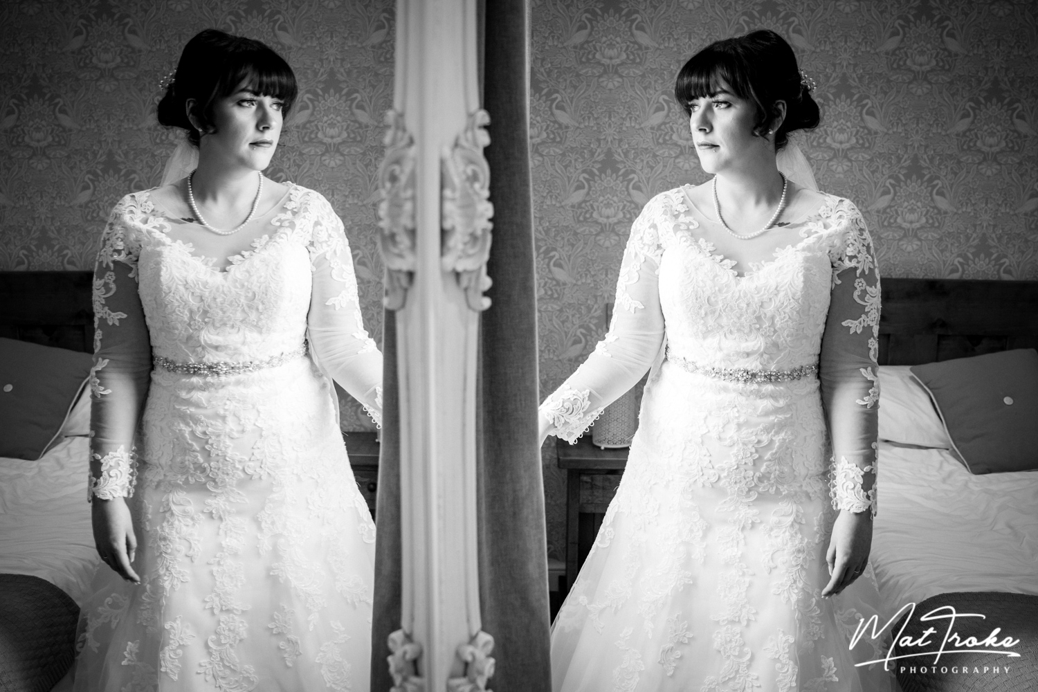 bride-mirror-prep-bridal-white-heart-inn-moorwood-alfreton-wedding-photographer-photography-sunset-venue