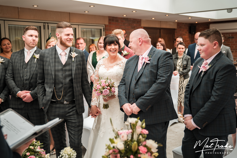 happy-bride-white-heart-inn-moorwood-alfreton-wedding-photographer-photography-sunset-venue