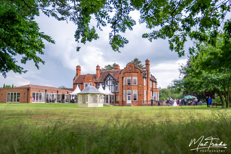 kelham_country_manor_newark_reflection_door_nottinghamshire_prep_wedding_photographer_photography_pergoda_night_bride_groom_photography