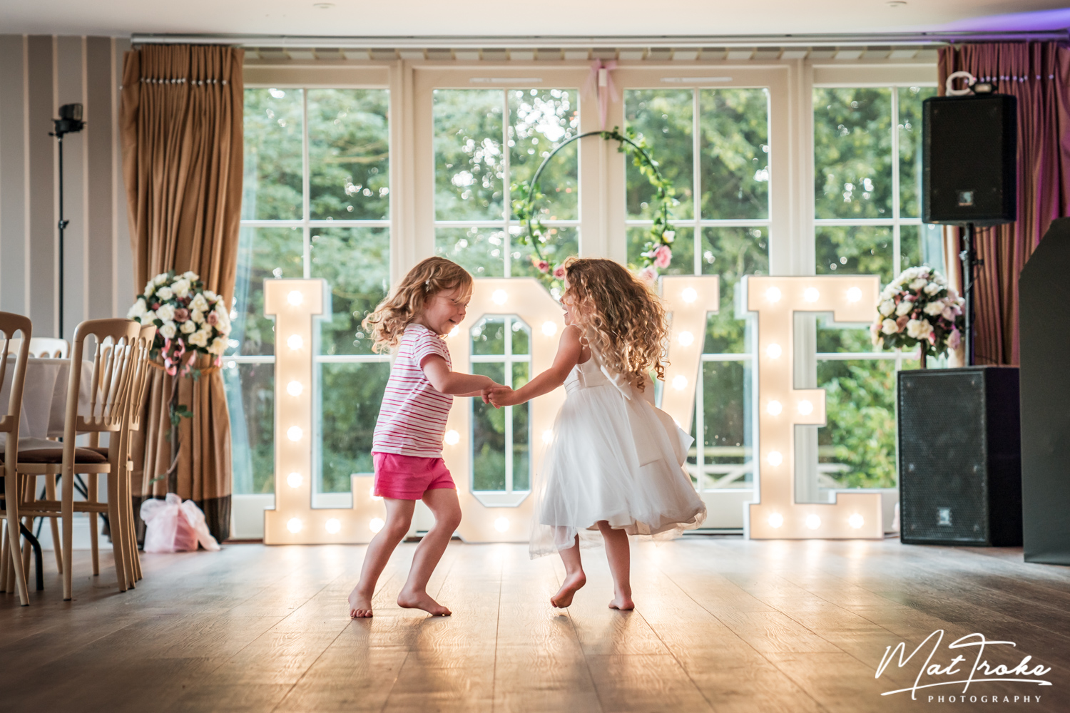 Derbyshire-kelham-manor-country-wedding-photography-nottinghamshire-first-dance-photographer-derby-notts