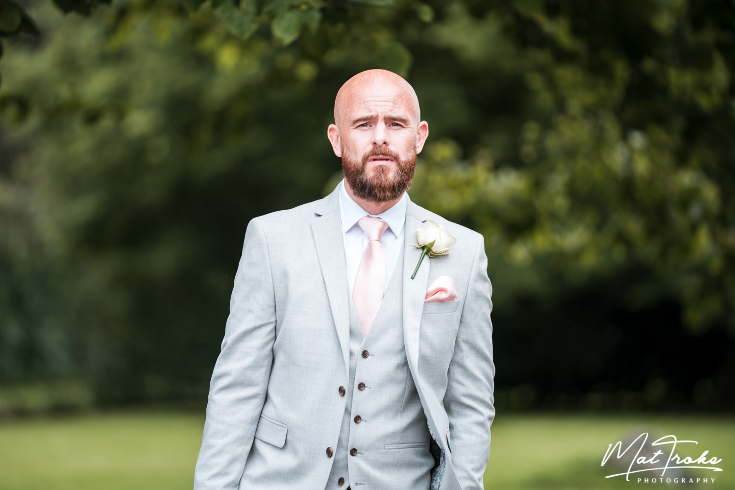 south_yorkshire_wentworth_rotherham_sheffield_church_family_photography_near_stunning_photographer_wedding_summer