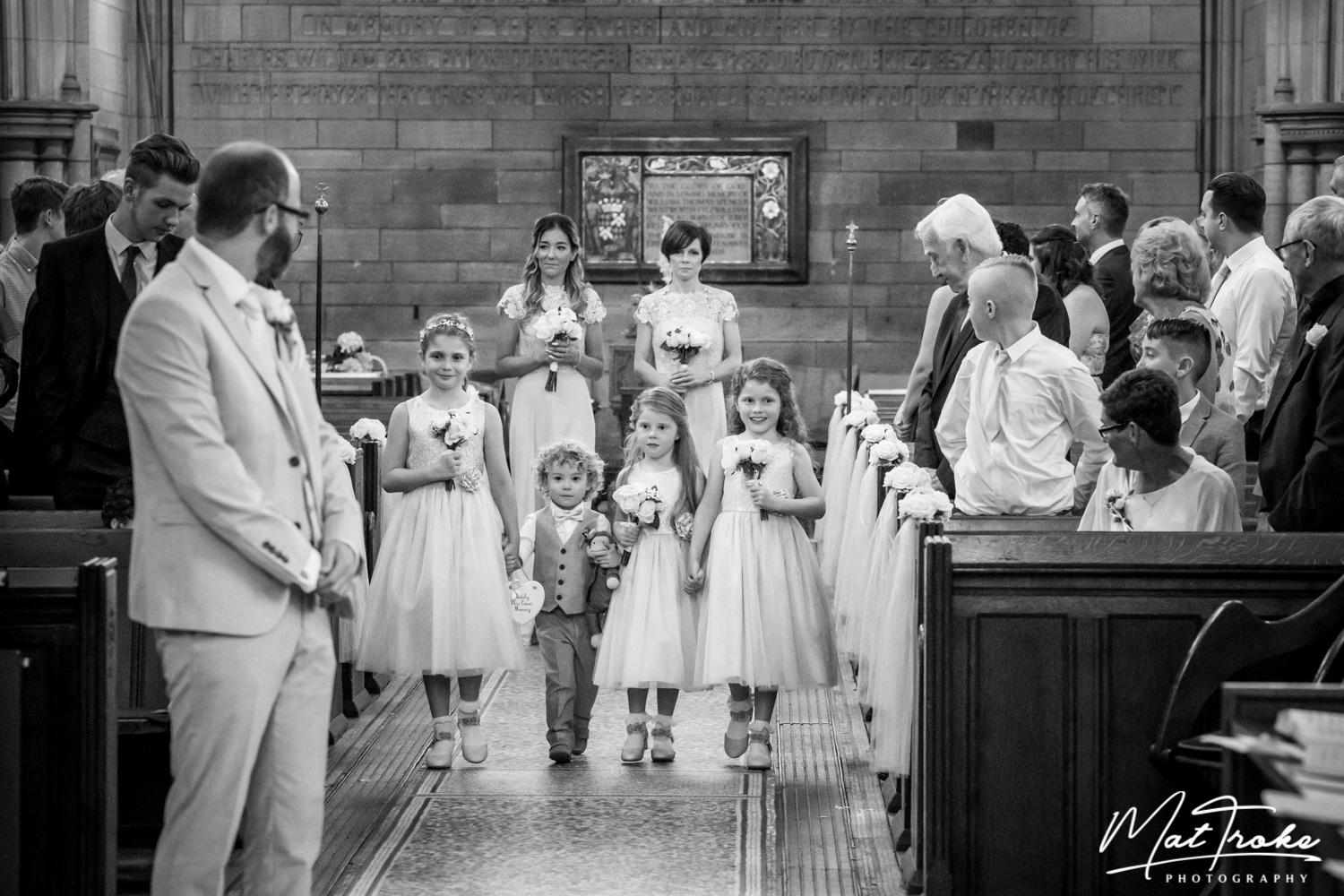 south_yorkshire_wentworth_rotherham_sheffield_church_family_photography_near_ceremony_stunning_photographer_wedding_summer