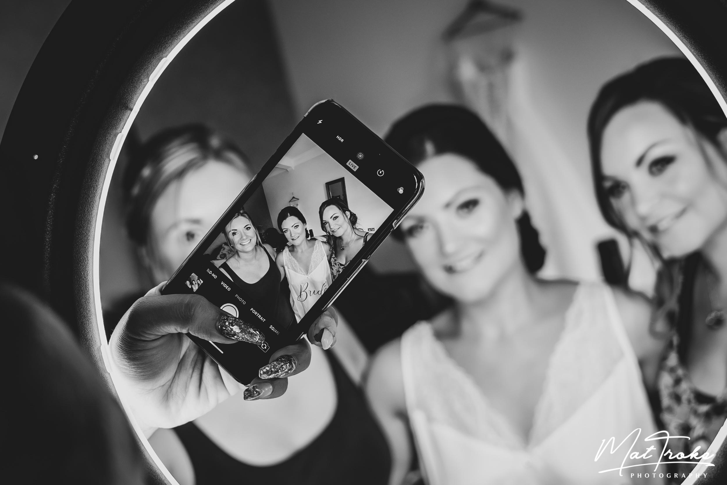 kelham_country_manor_bridal_prep_wedding_photographer_photography_pergoda_night_bride_groom_photography
