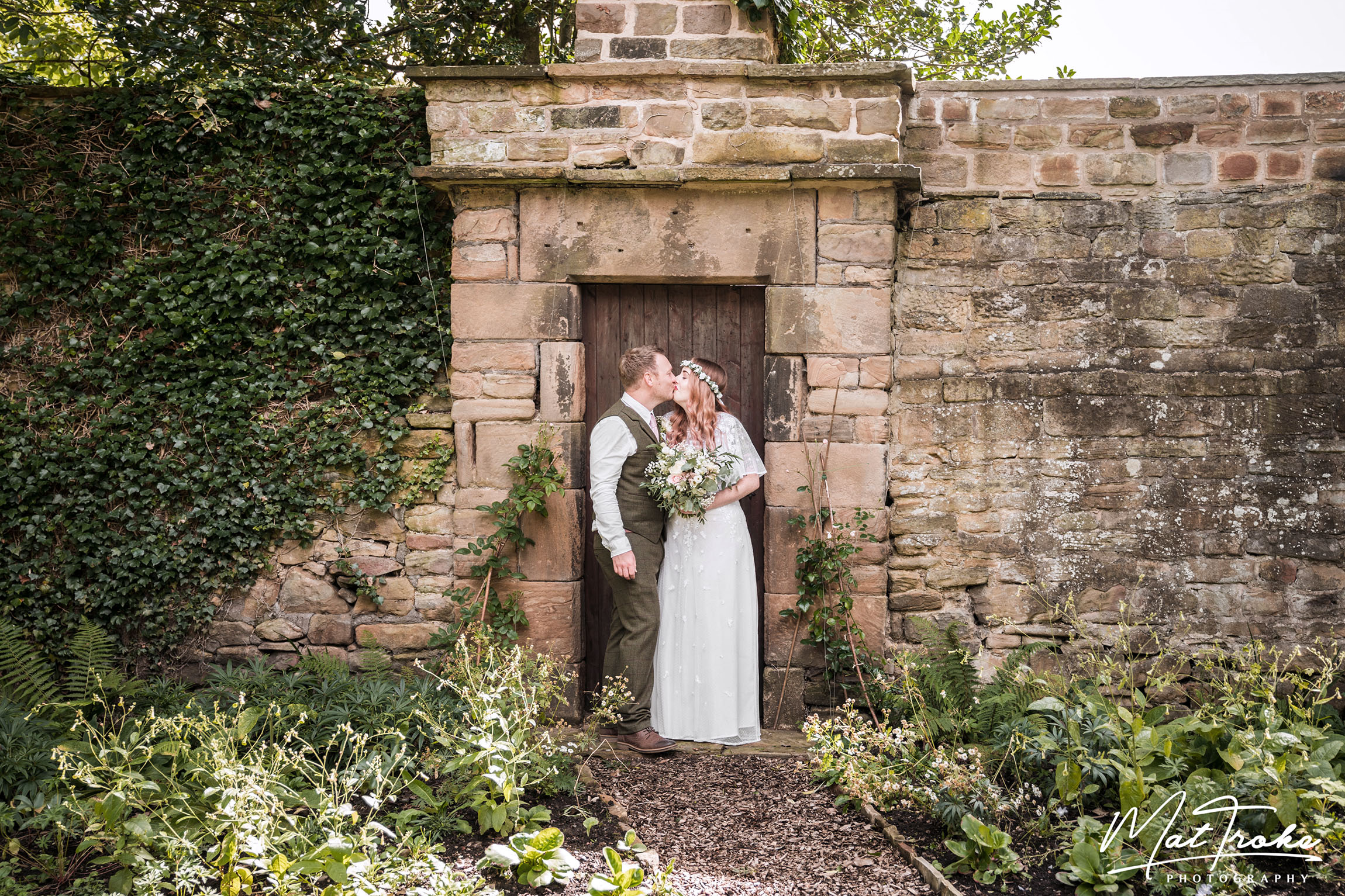 Dronfield Hall Barn Chesterfield Wedding Photographer - Mat Troke Photography