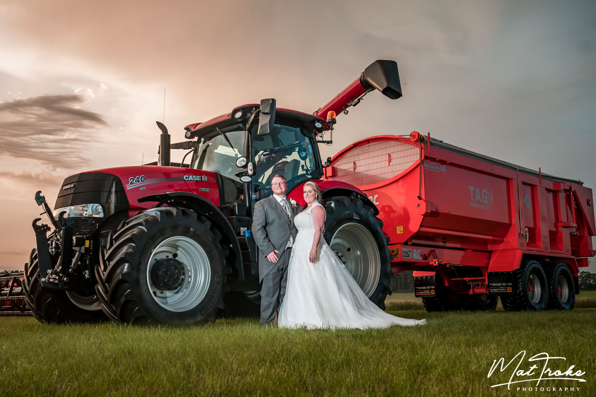 barn_farm_wedding_near_me_nottingham_derby_photographer_photography