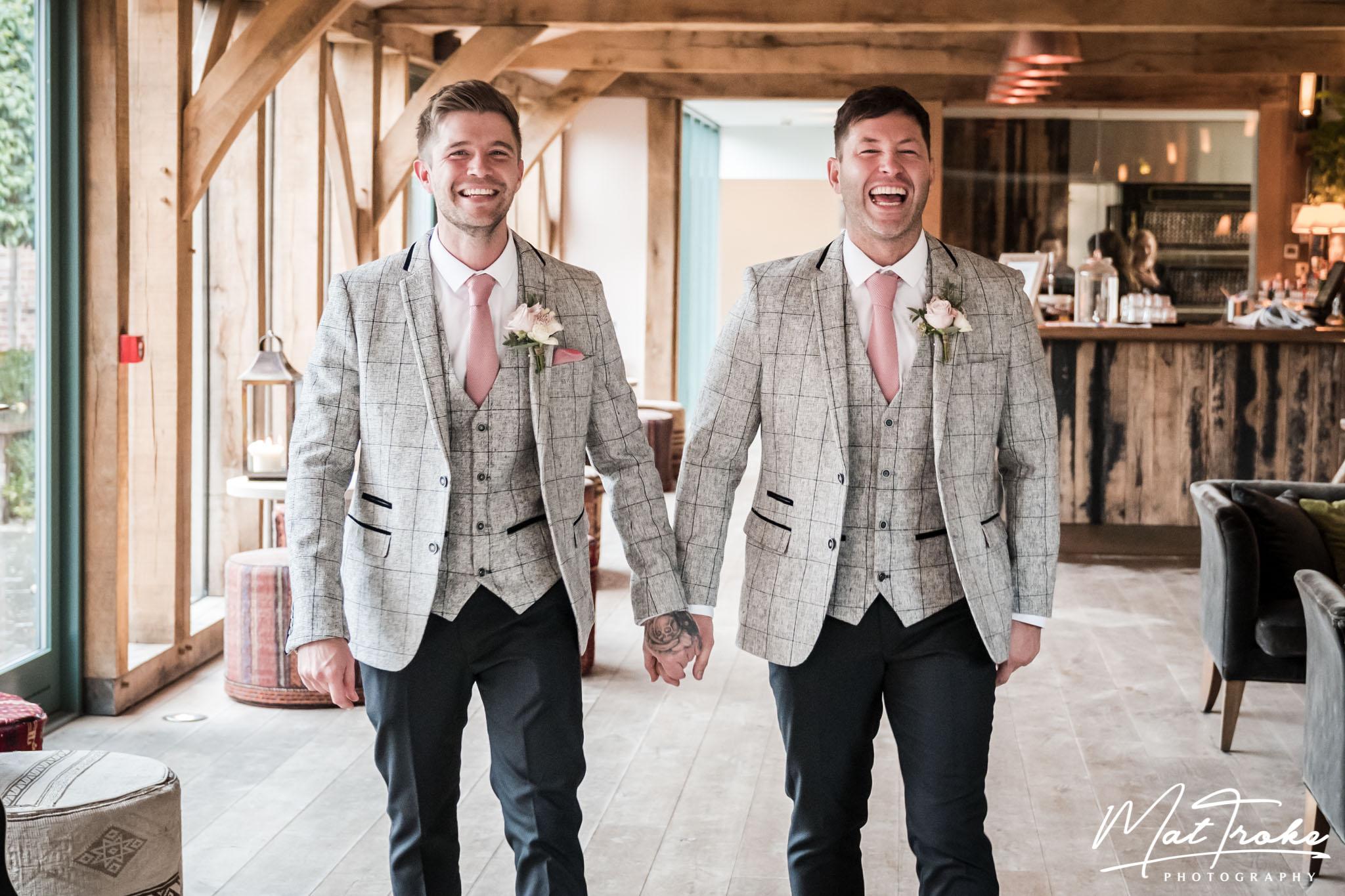 charlie and luke-39.jpghazel-gap-barn-edwinstowe-wedding-photographer