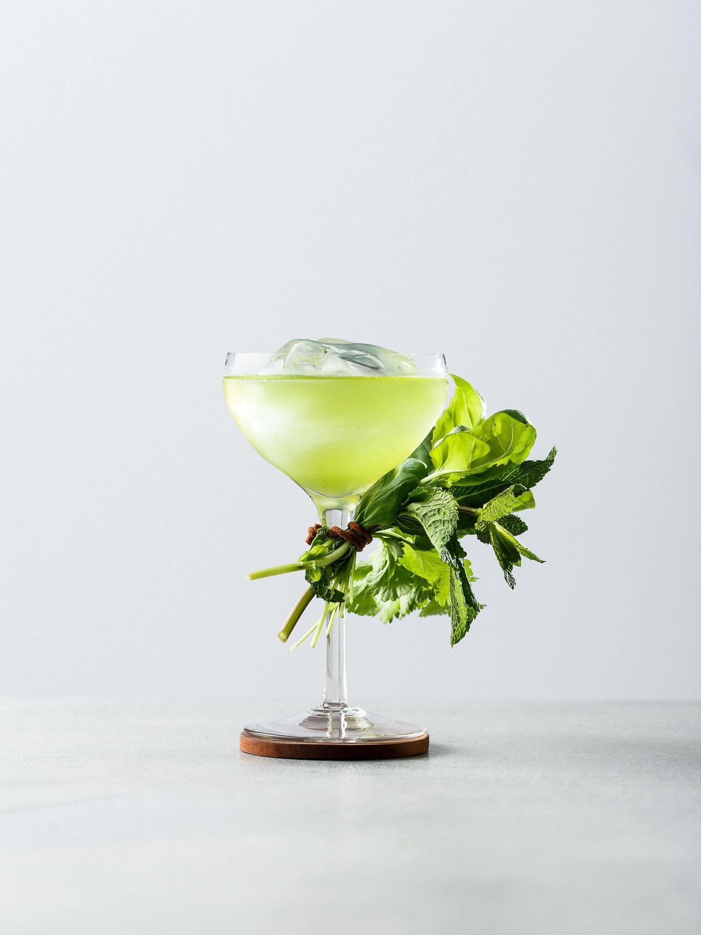 MANA Kombucha - Clean green cocktail.jpg