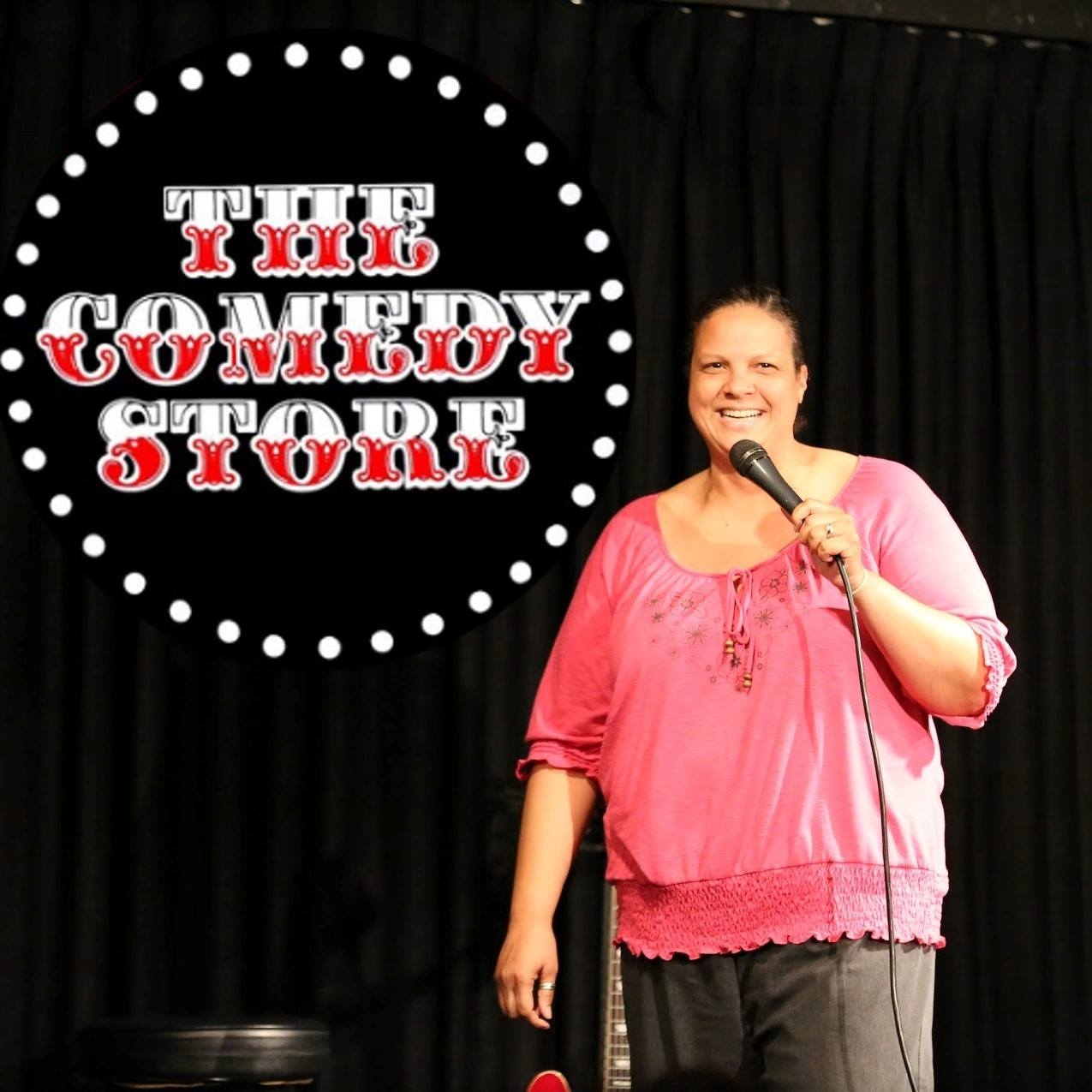 E8:  Lisa Gilbert  - Stand-Up Comic Episode: Comedy Is About Engagement