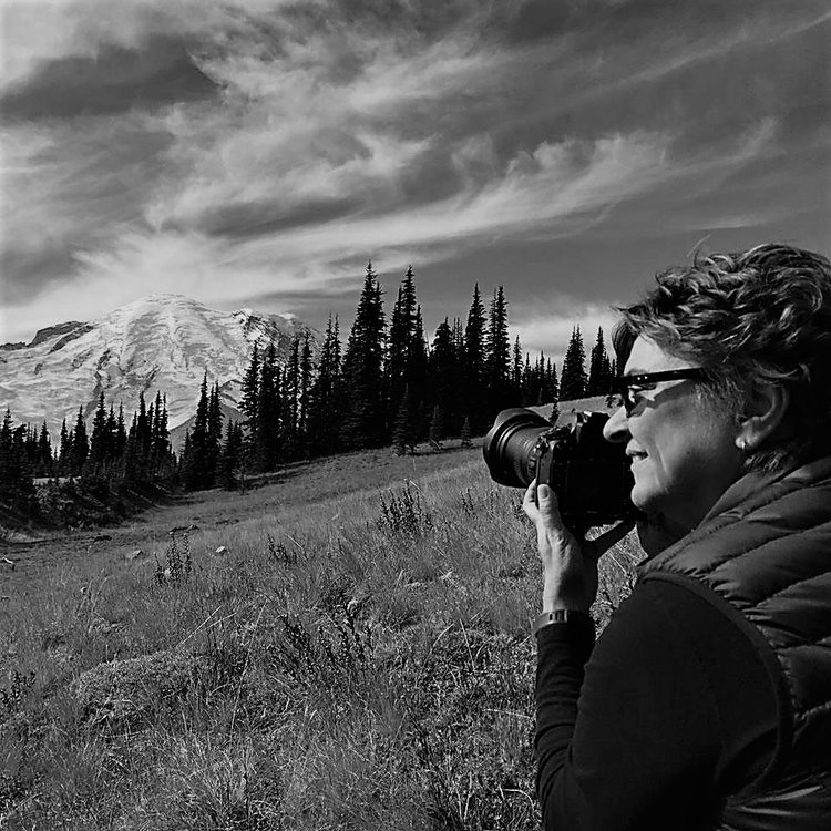 SJ+Taking+photo+Mt+Rainier.jpg