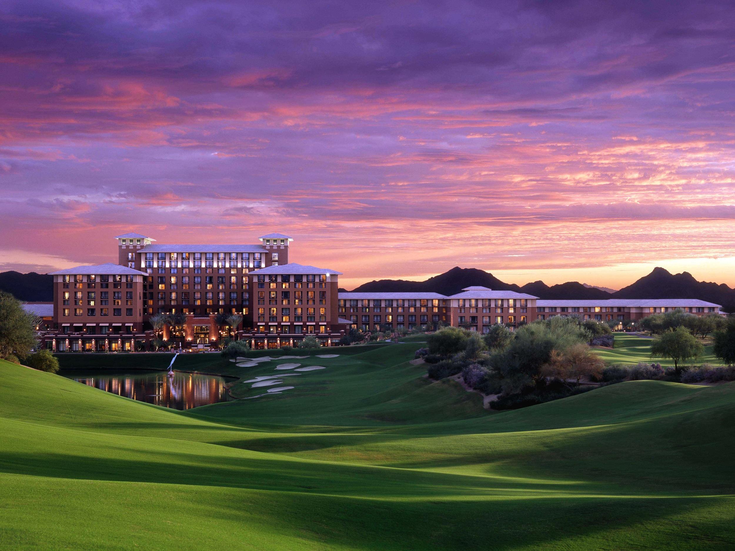 The+Westin+Kierland+Resort+%26+Spa+-+purple+sky.jpg