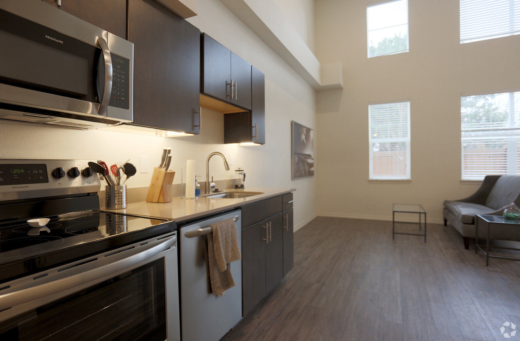st-js-cathedral-flats-portland-or-interior-photo.jpg