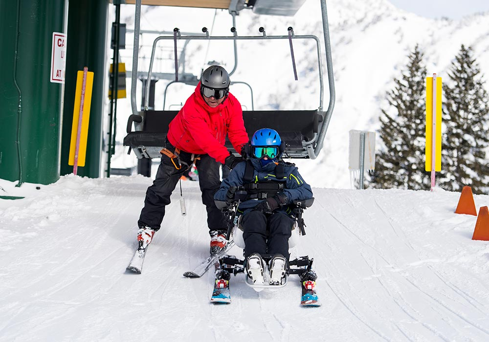 SEAMLESS UNLOAD FROM CHAIRLIFT<strong>Ready to ski moments after unloading.</strong><br><i>enlarge +</i>