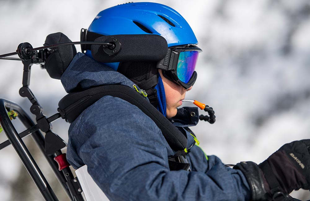 TORSO & HEAD SUPPORT<strong> Great support for dynamic skiing.</strong><br><i>enlarge +</i>