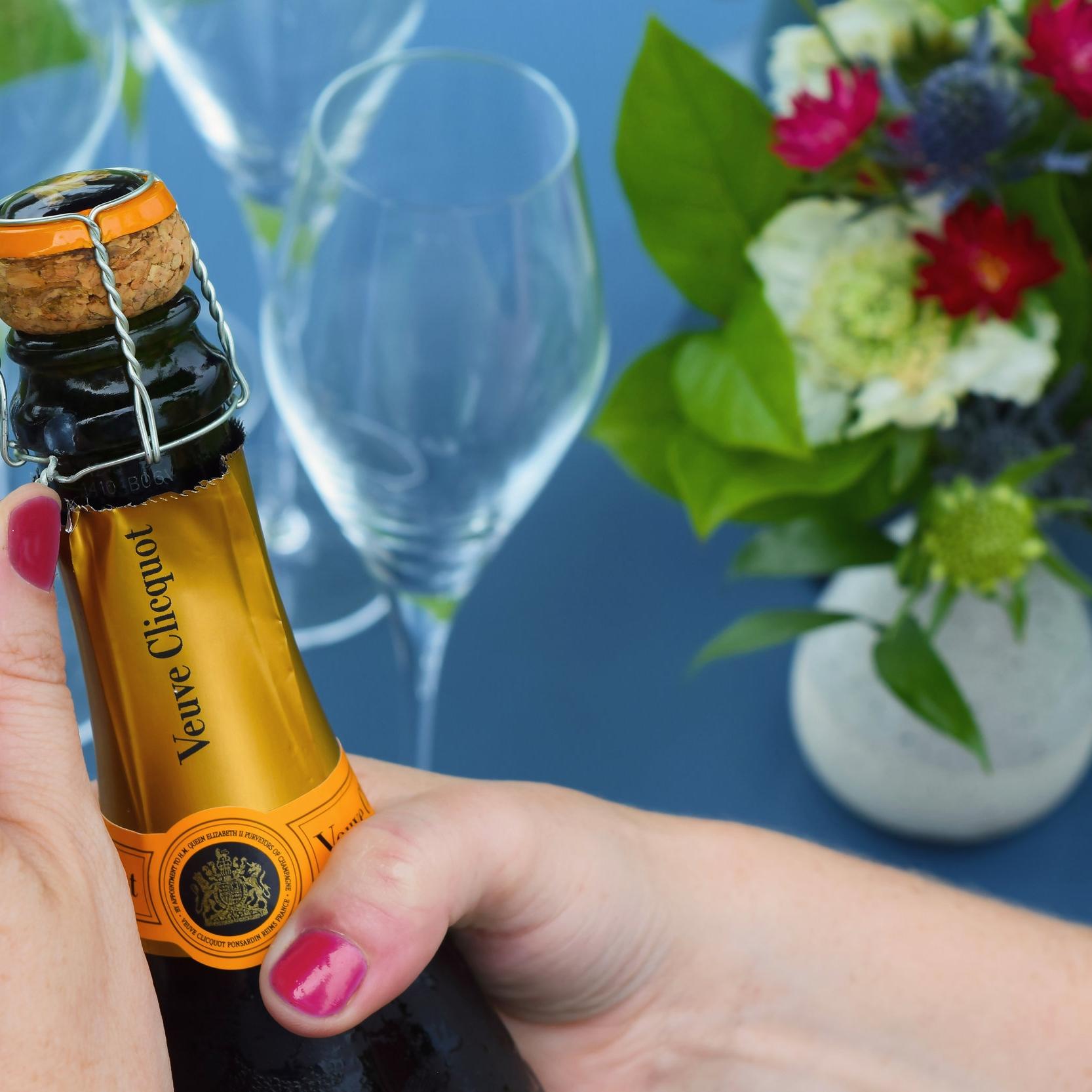 Little_Champagne_Cart_Bottle_Flowers.JPG