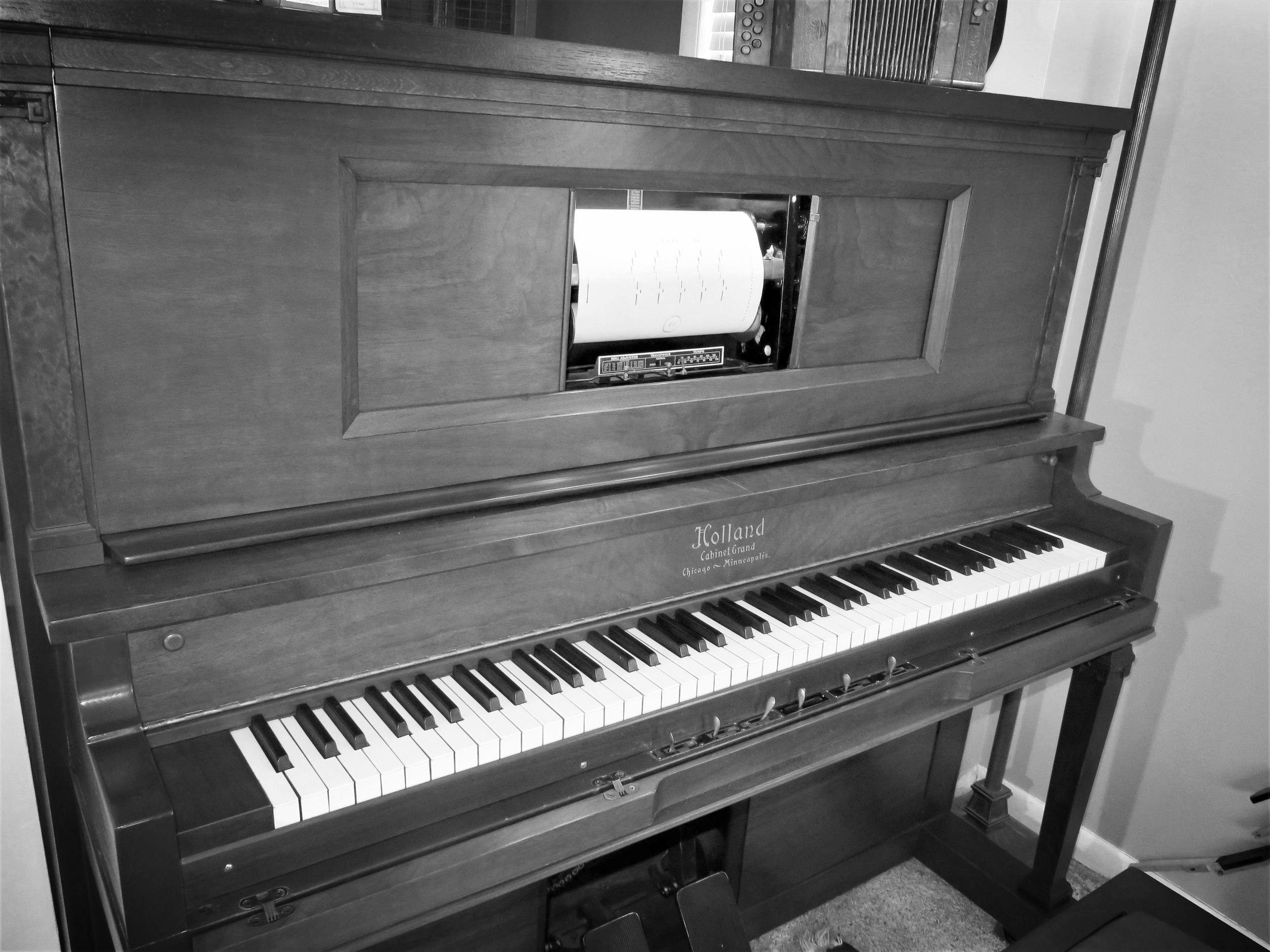 Piano without bench.jpg