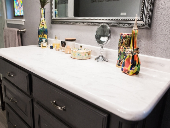 Vanities/Sinks/ Countertops/Wall Tile -