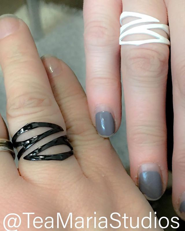 After a few weeks of making and participating in @revcraftshowchicago yesterday we are updating our website to include images of new designs added to our collection, including rings and necklaces! #makershands #rings #adjustable #black #white #blackandwhite #hardworkinghhands #womenbosses #ladymakers #metalsmith #snagmember  #collaboration #business #makers #jewelry #powdercoated #justdoit #boldjewelry