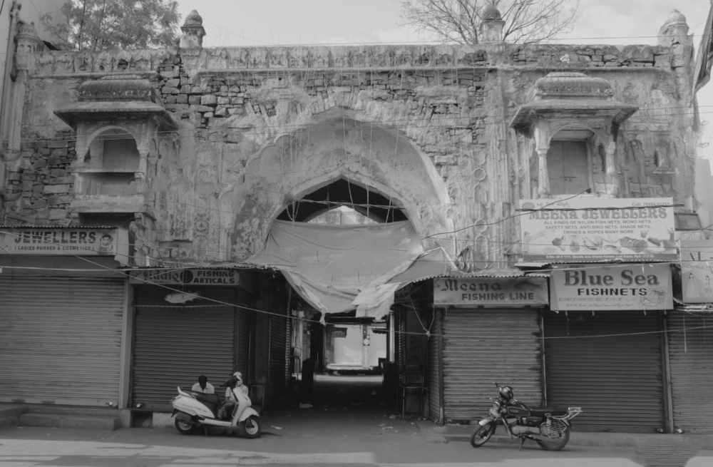 One of the gates to enter Chowmallah Palace (Will share another blog for it) near to Charminar .. is now filled with shops ...