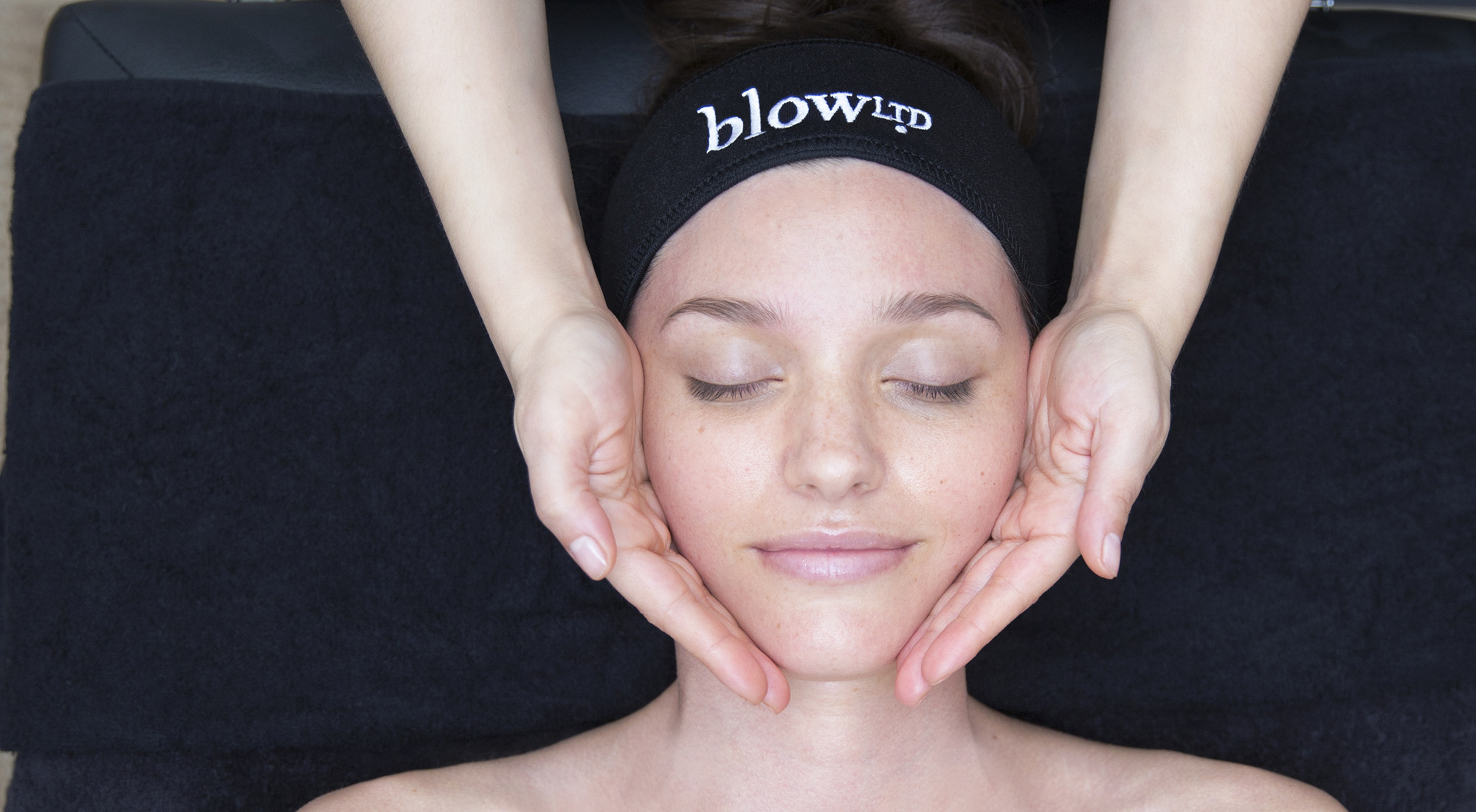 Blow-LTD-facial-at-home-Decleor