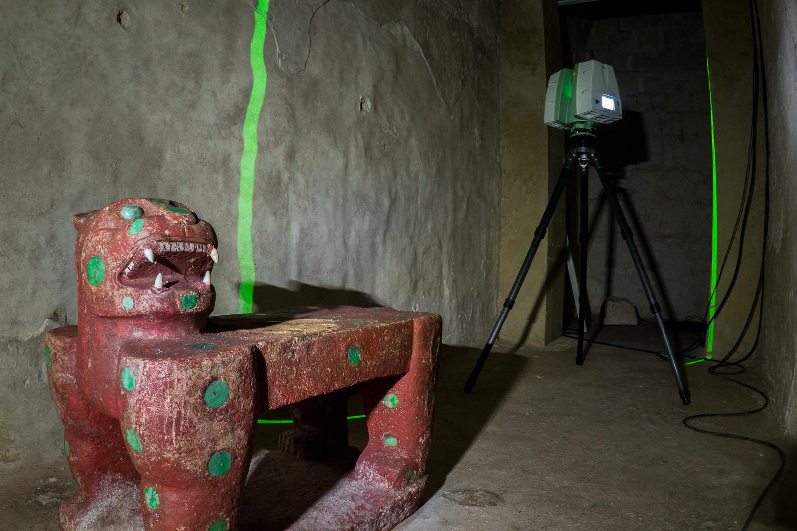 Lidar scans in the throne room, at the top of El Castillo.