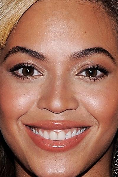 Beyonce-Almond-Eyes-107053177.jpg