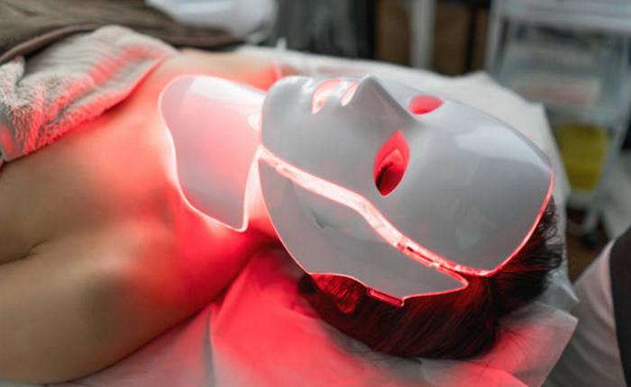 Лазерофорез гиалуроновой кислоты и лазерные программы в косметологии