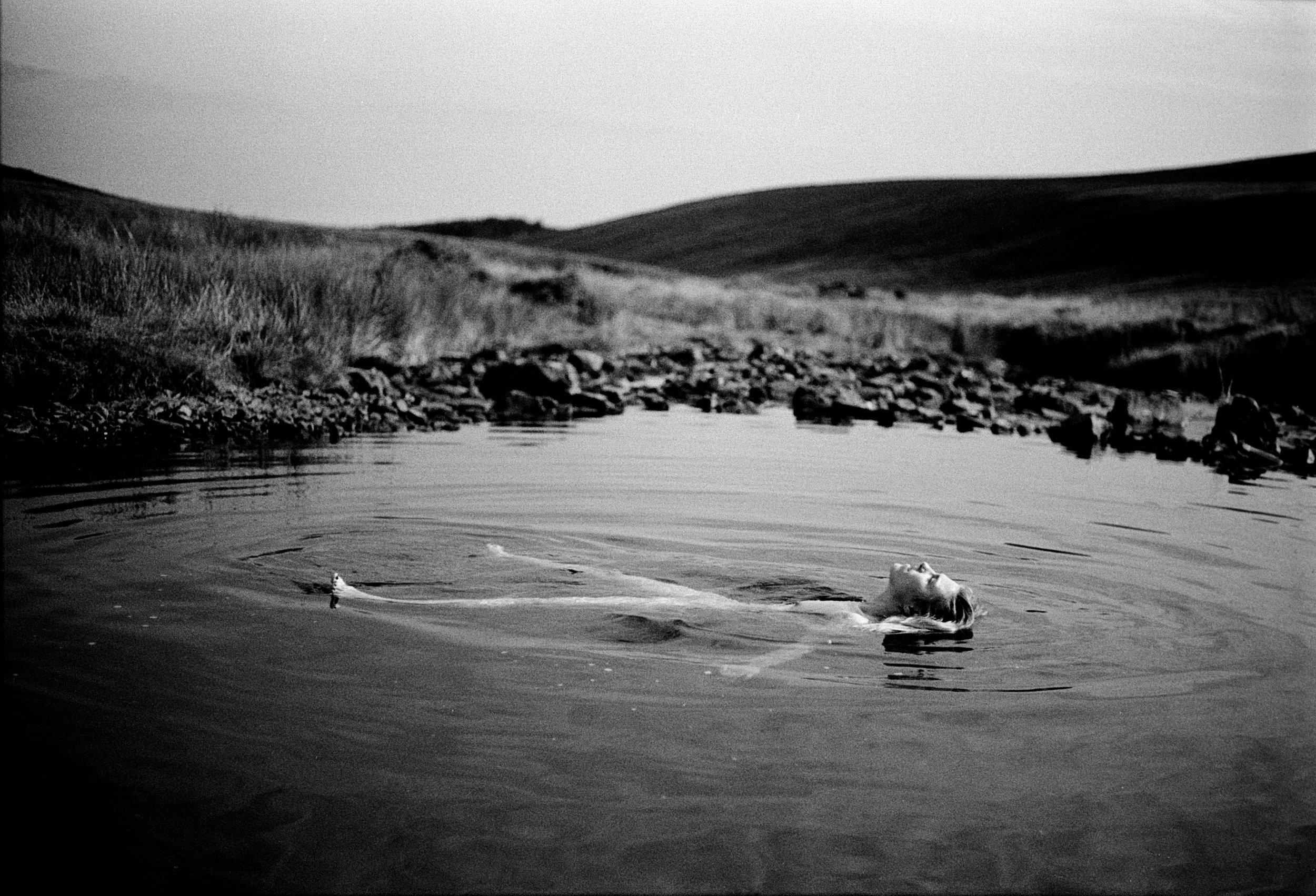 Rebecca Rose Harris Photography, Rebecca Rose Harris, Self Portrait, Analogue Photography, Wild Swimming