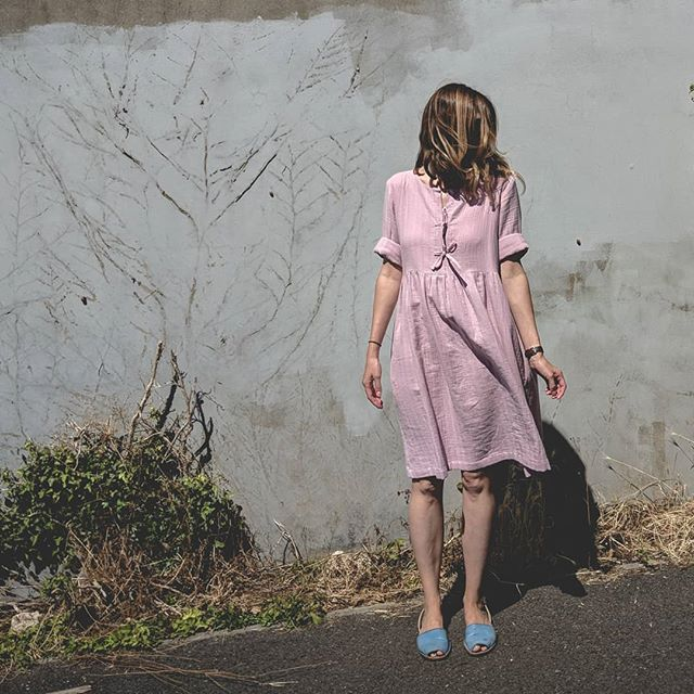 Unexpectedly found a few extra pink Cali dresses today - just listed in the sale! Lovely cool double gauze organic cotton - perfect for the current heatwave with or without a bump!  #maternitydress #maternitystyle #maternityfashion #breastfeedingfriendly #breastfeeding #pinkdress #pregnancystyle #ethicalfashion #sustainablefashion #slowfashion #slowfashionmovement #shopconsciously #bristolfashion #organic #organicdress #organiccotton