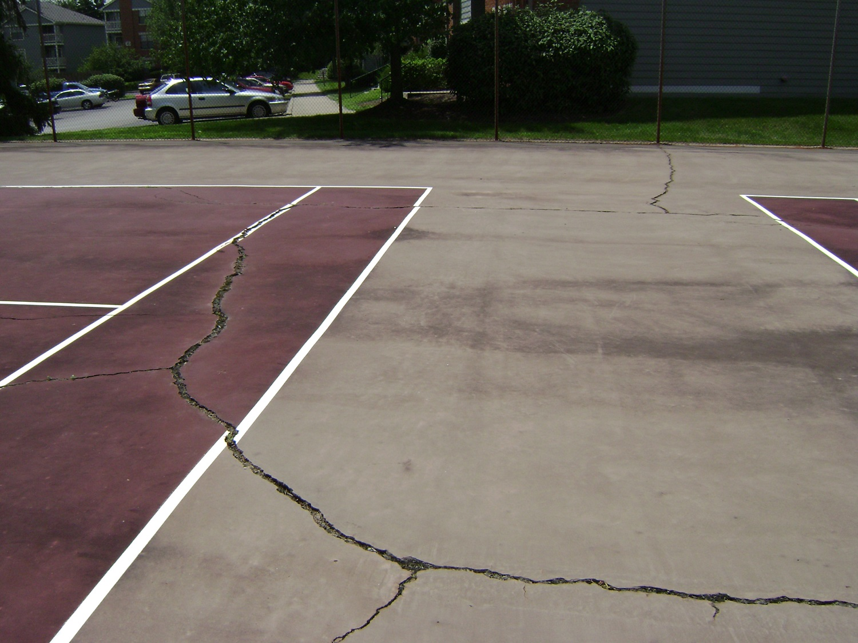 Tennis_Court_Cracking.jpg