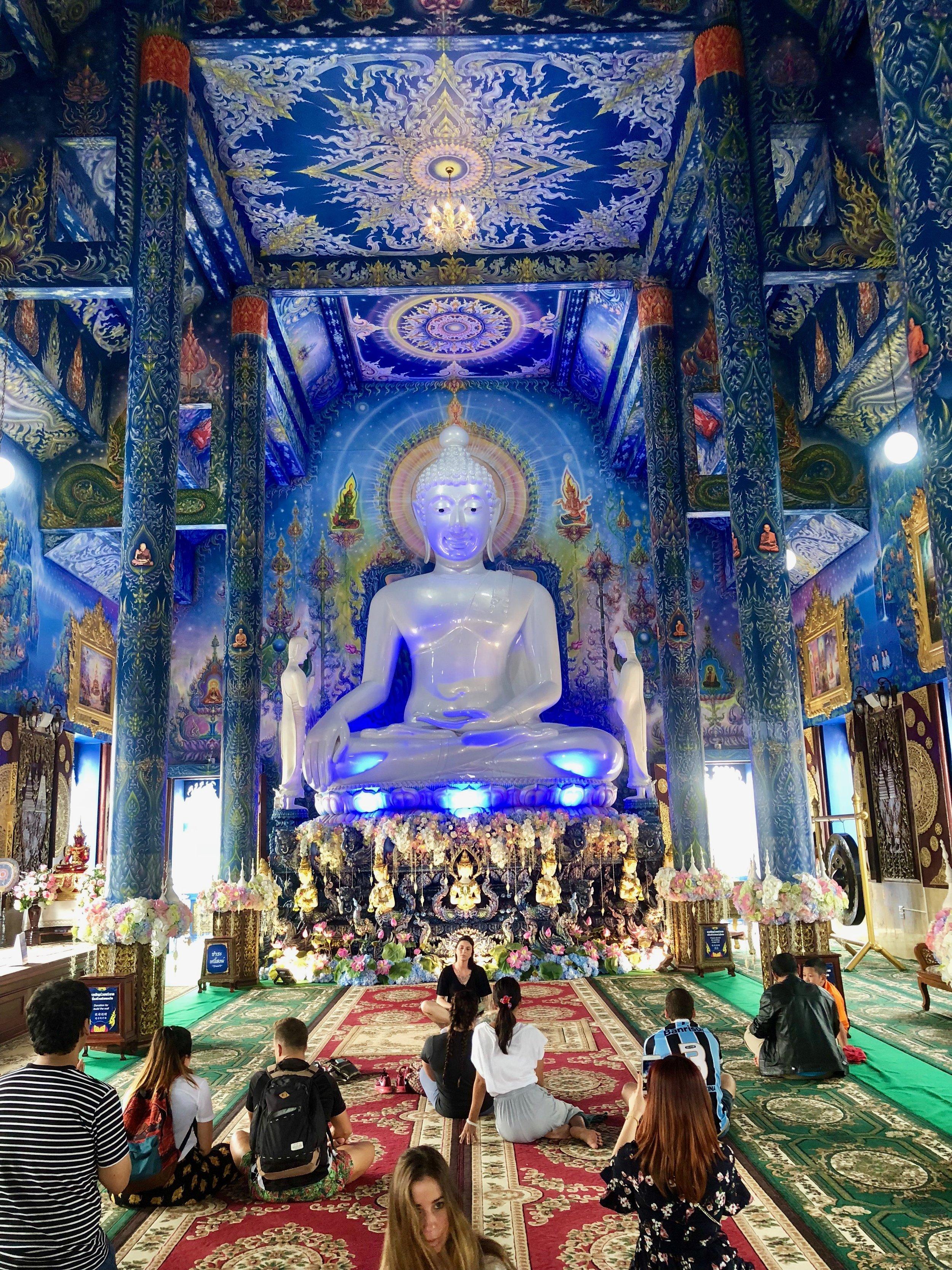 Wat Rong Sear Tean -Blue Temple (Chiang Rai)