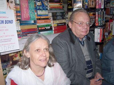 Smt. Usha Devi and Shri Ruskin Bond
