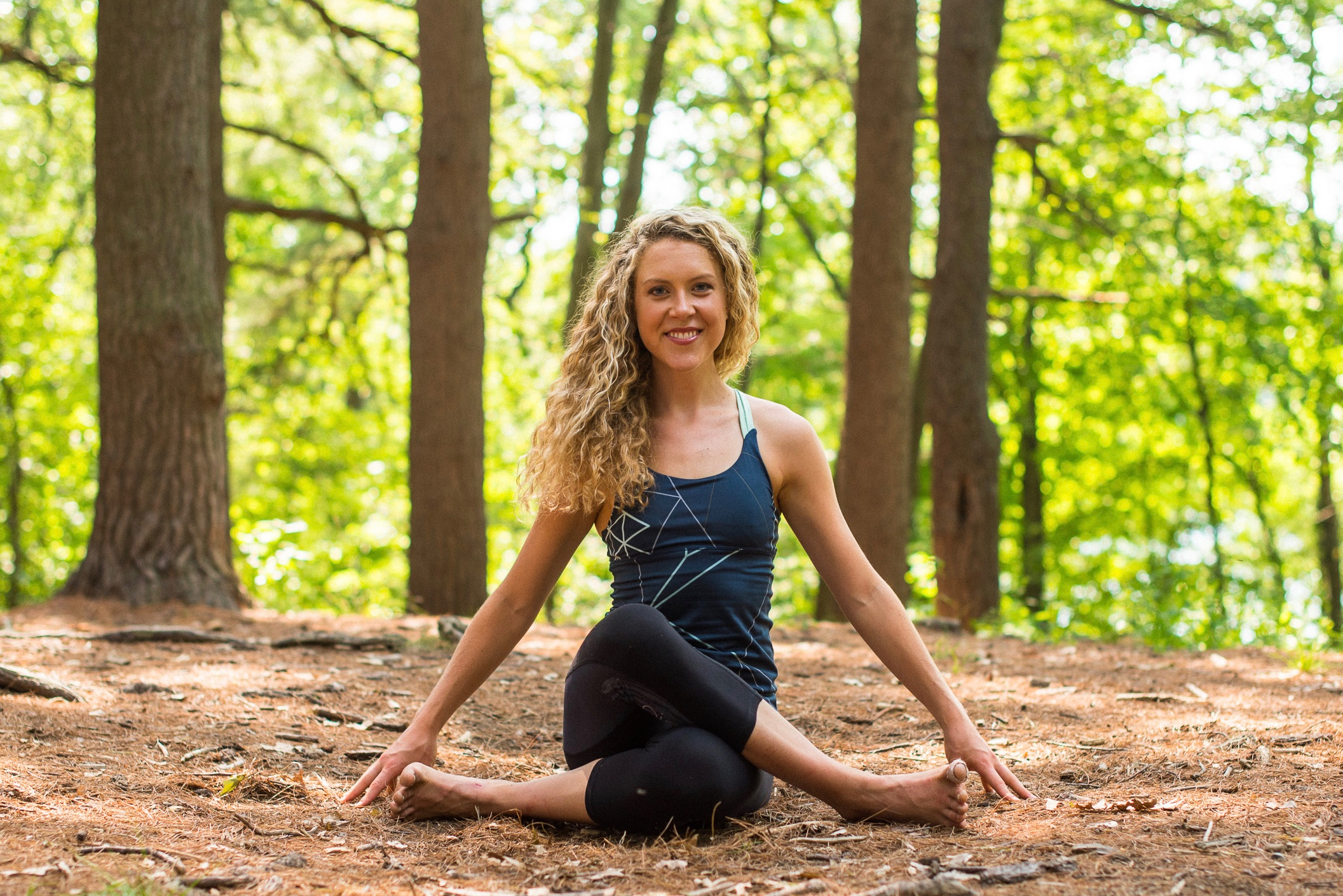 Julia Hanlon - Yoga Instructor / Co-Facilitator