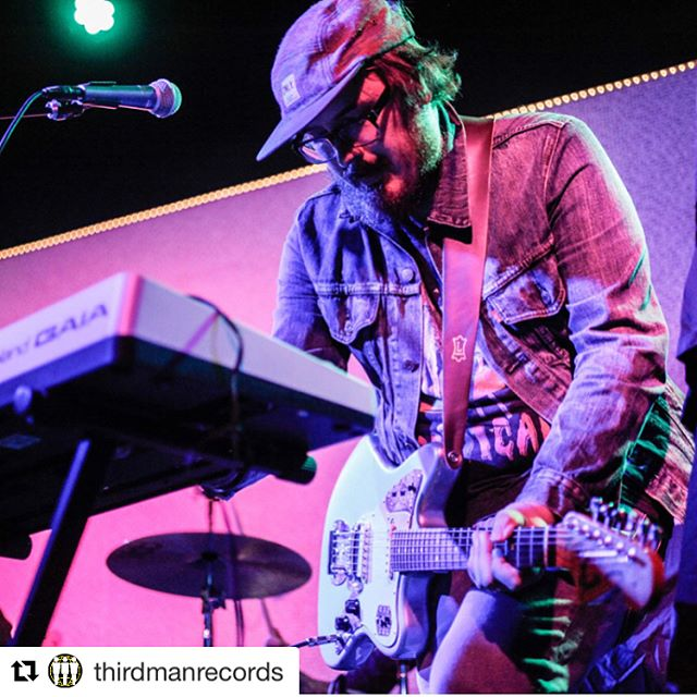 Whoa thank you @whywithaqmark and @thirdmanrecords. That was the most fun! ・・・ Fantastic first set from @chaosemeraldsmusic. @whywithaqmark up next! 📸: @angelinacastillopho #thirdmanrecords #chaosemeralds