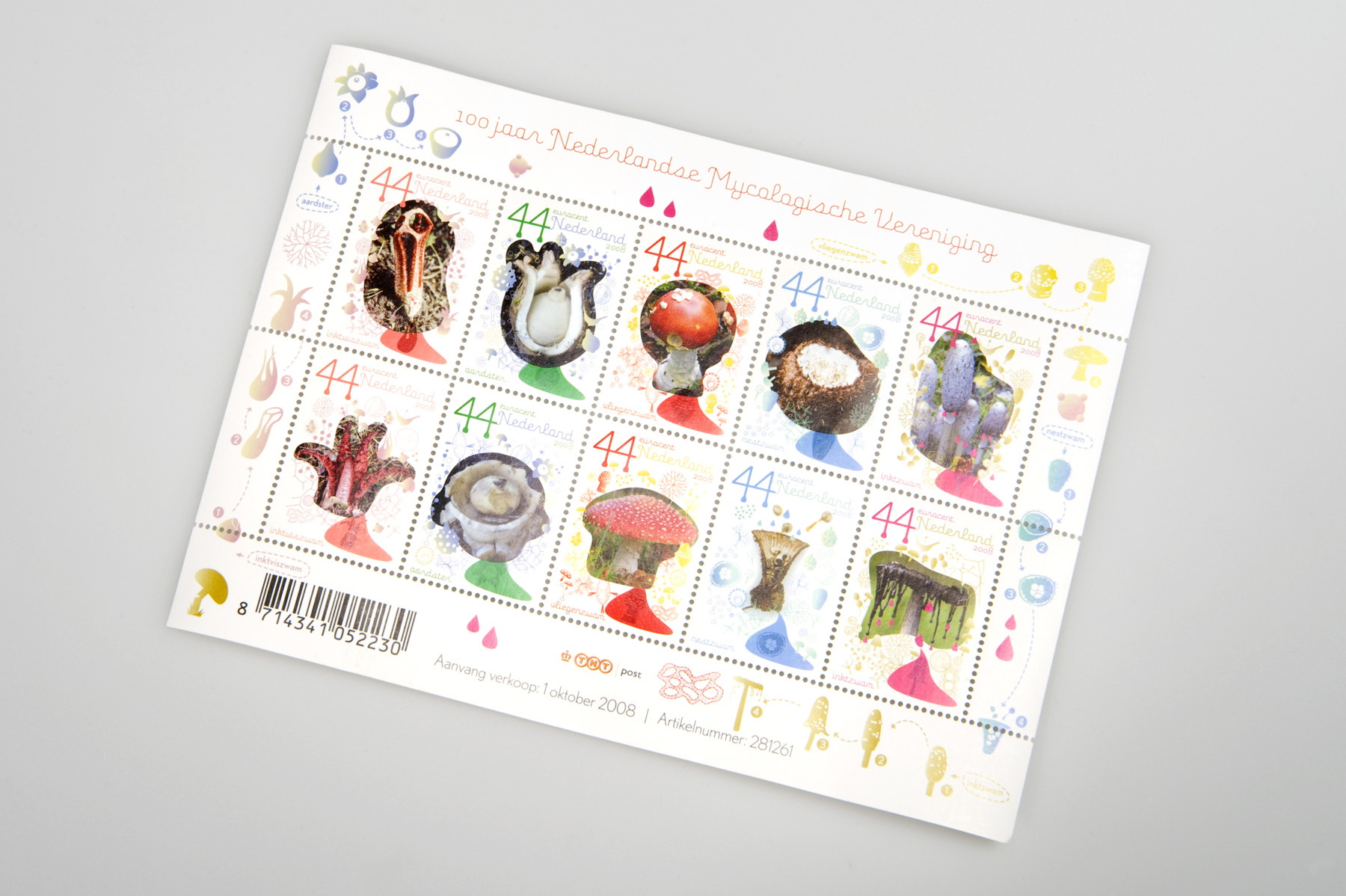 Postzegels paddestoelen / Mythological Stamps Post NL.jpg