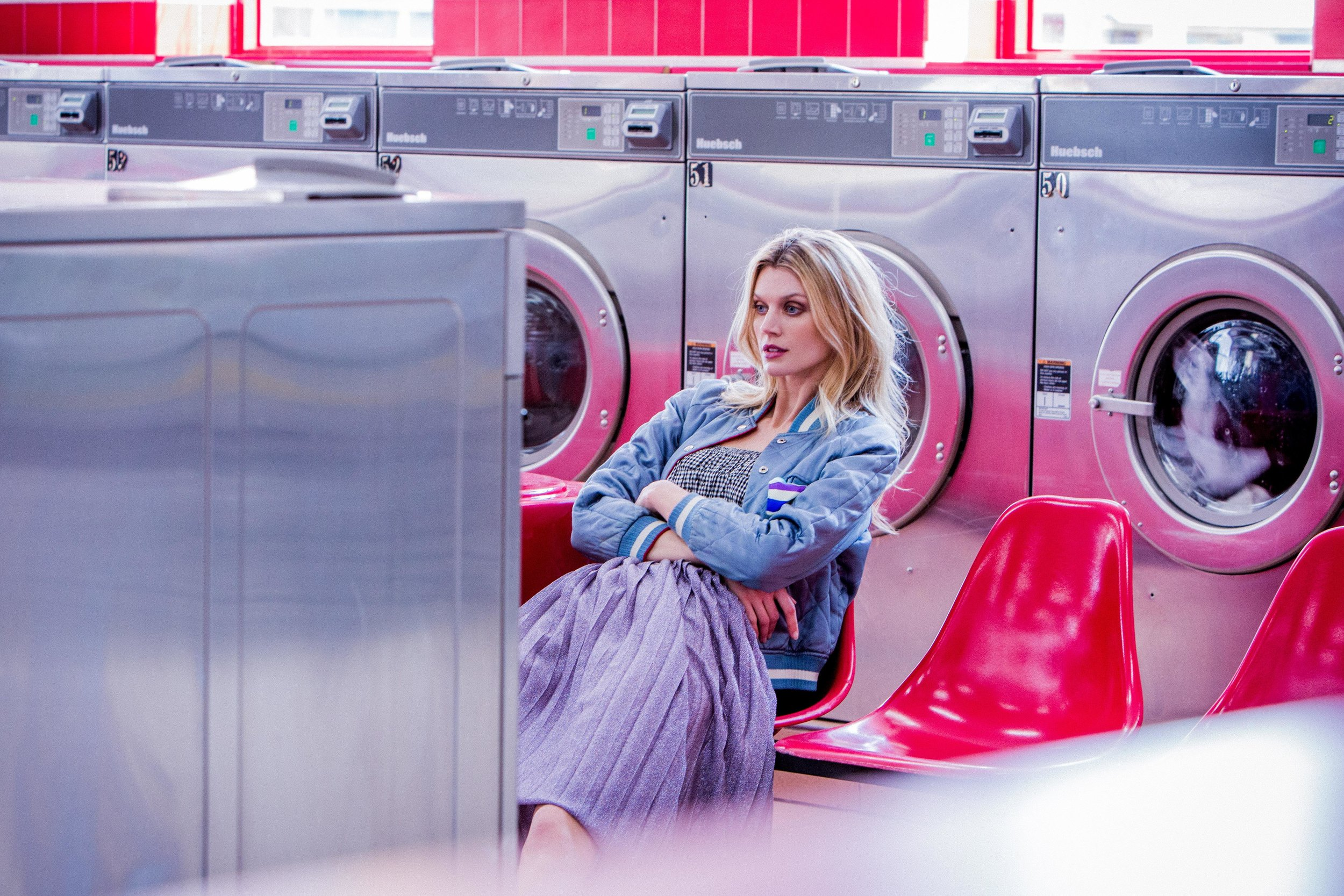 Jayne Moore Launderette shoot with Robbie Masterson brooklyn style 1950s swing styling