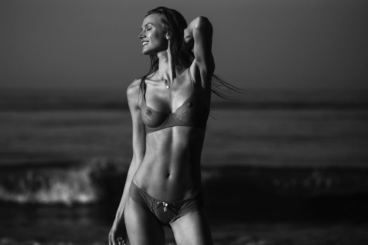 tyler kandel shoots Jayne Moore in Malibu at sunrise morning light surfer girl