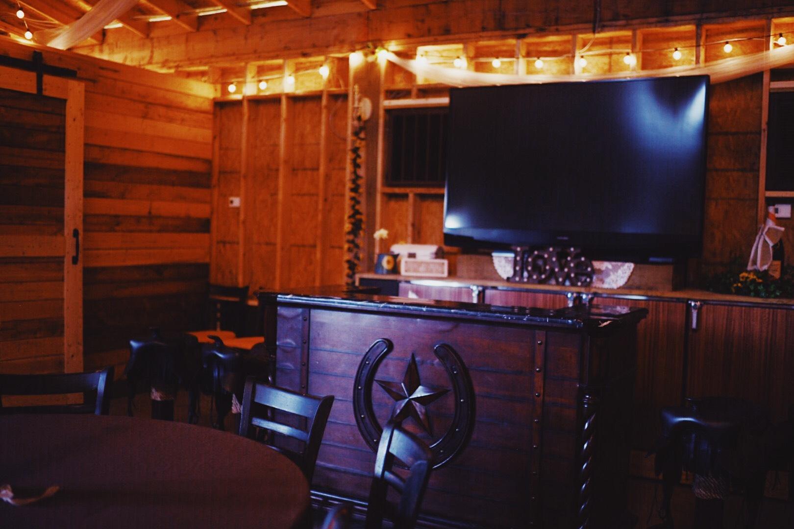 inside-barn-stall-wedding-barn-country.jpg