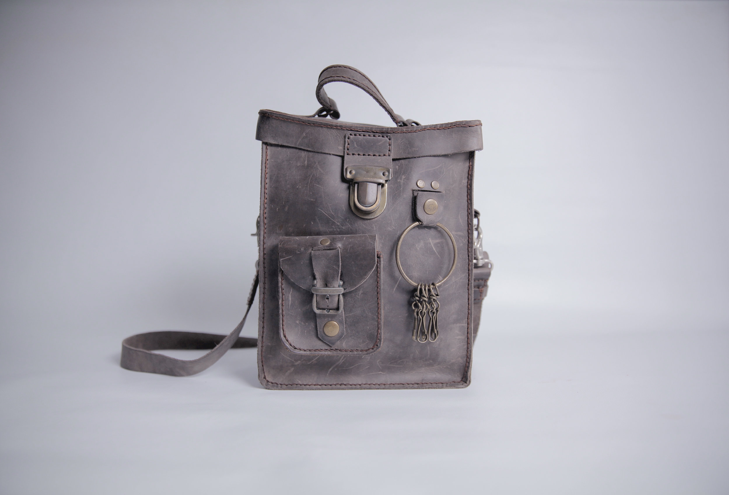 THE TIME TRAVELLER  Founder's First Satchel, a month into leather crafting