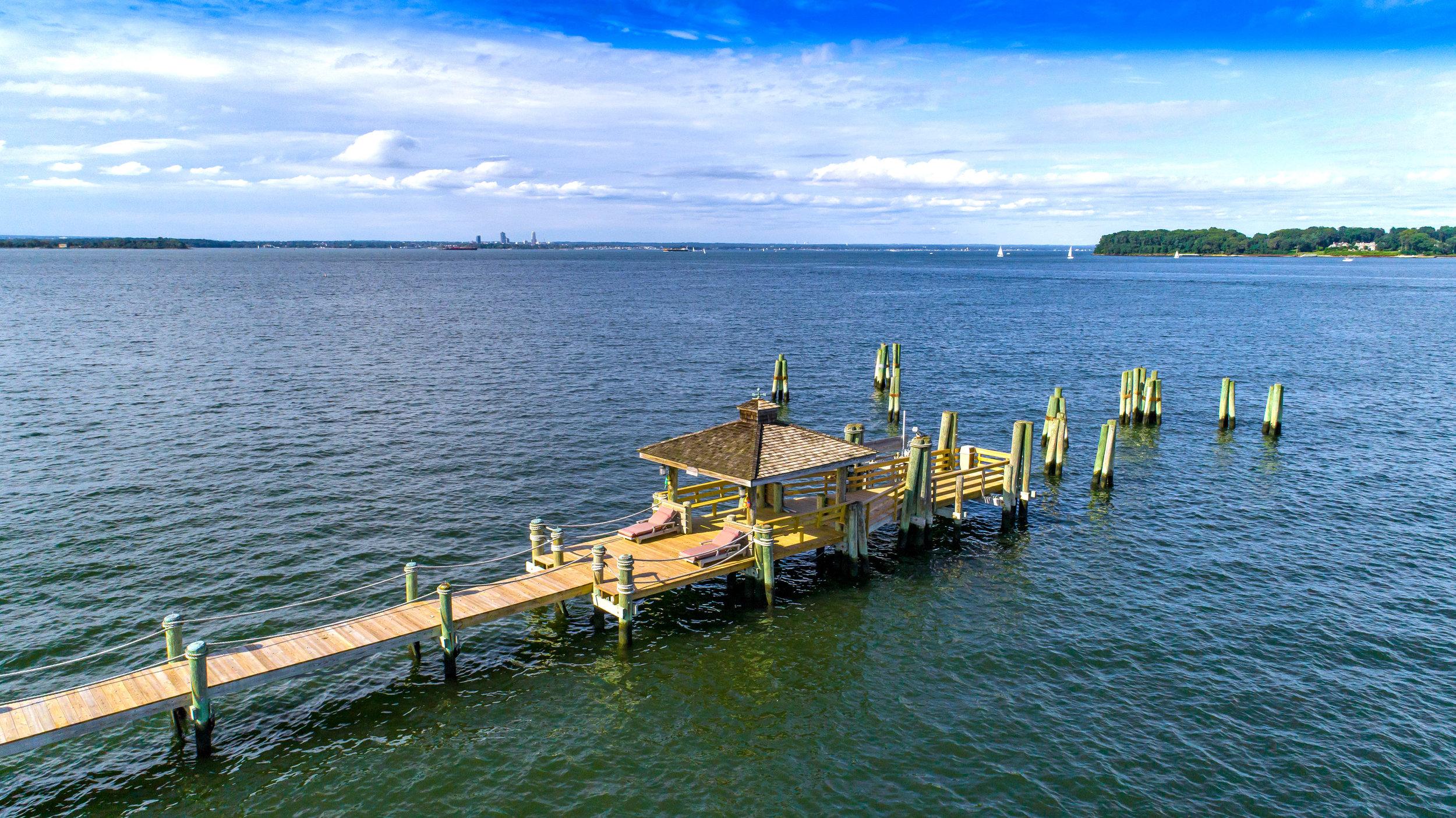 (3 of 18) Gio - 10 Dock Lane - Air Hi Tide.jpg